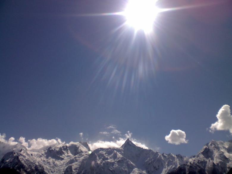 A brilliant happiness over the Kinnaur Kailas range in Kalpa!