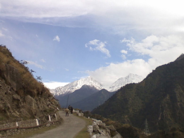 The first imposing view of the Kinnaur Kailas range, mystical, magical and enchanting.