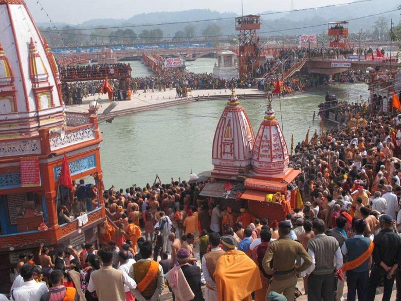 2010 Haridwar Kumbh is from 14th Jan to 28th April. The last Kumbh in Haridwar was in 1999. Pictures consist of Holy Ganga, Kumbh, Sadhu processions and Naga Sadhus. You see devotees waiting for Royal Bath or Shahi Snan on Mahashivaratri, 12/2/2010.
