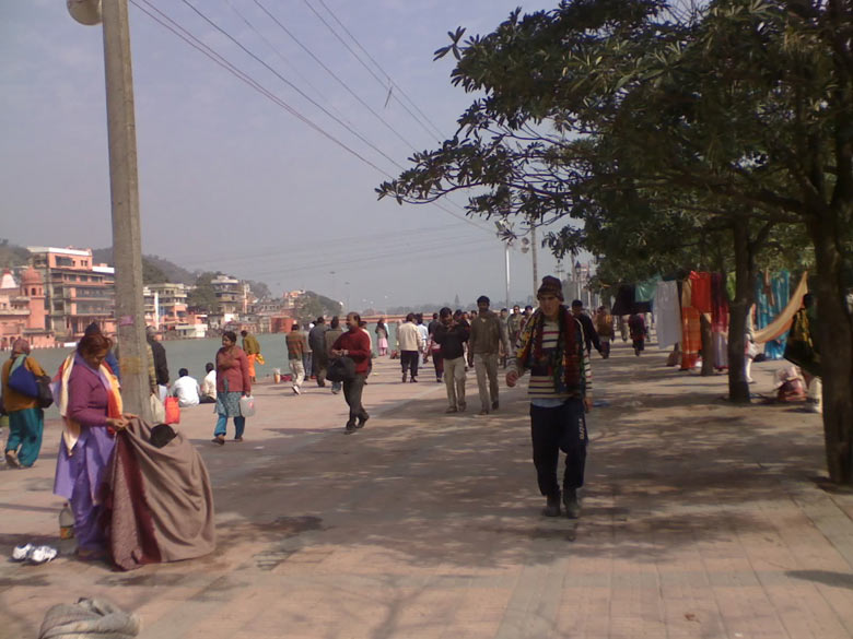 All along the banks of the Holy Ganga, some 6 kms in length, is a clean well laid out bank. Shraddhalus (devotees) are seen taking a holy dip on 12.2.2010, ie Mahashivaratri. About 55 lakh devotees were present that day. There would have been more but for the northern cold wave conditions.