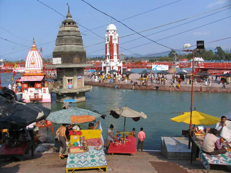You see Har-ki-Pauri. Kumbh Mela is celebrated 4 times every twelve years. Sites are Haridwar, Prayag Raj, Nashik and Ujjain.