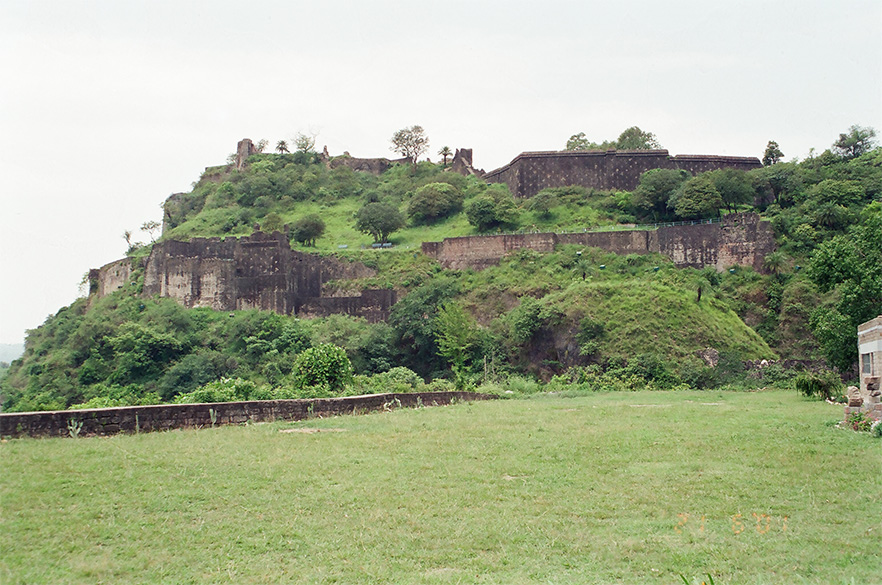 Kangra was the ancient capital of the powerful hill state – fort of Nagarkot. It stands witness to the ravages of conquerors from Mahmud of Ghazni to Mughal Jahangir. The picture shows Kangra Fort.