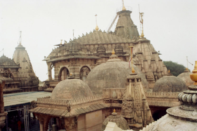 A view of the Adhinathji Temple, clicked when it was foggy. The main temple is at the end the smaller ones being part of the complex.