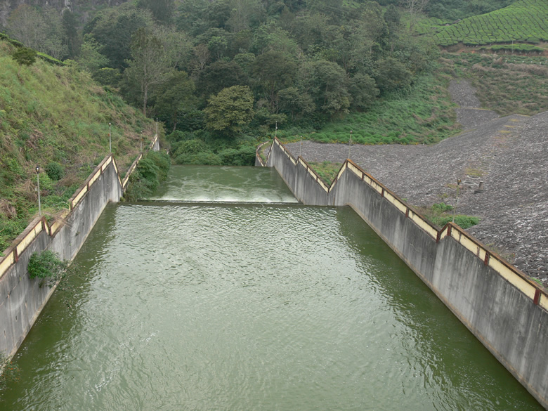Anayirankal Dam is what you see.