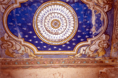A picture of the ceiling of the mandapam made for Nandi.