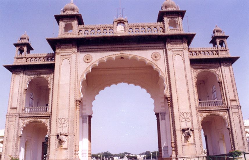 The Mysore Palace was constructed in 1912 at a cost of Rs 41,47,913 by Her Highness, the Maharani Vanivilasa Sannidhana. Here is the rear side of the Jayamartanda gate i.e. facing towards the palace.