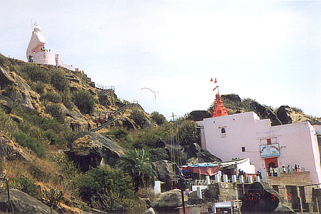 You see Guru Shikhar, about 15kms drive from the market, great drive. It is the highest peak in the Aravalis at 1772 metres, offers a panoramic view. It is a 10 to 15 minute climb, very doeable.