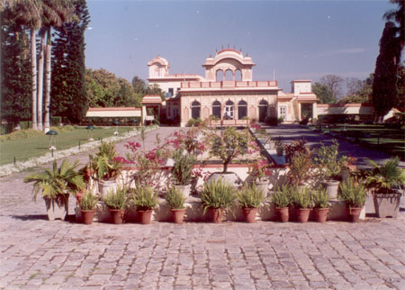 Chronicled in the Mahabharat, the Mughal Yadavindra Gardens at Pinjore were designed by Fidai Khan, Aurangzeb's foster brother, period between 1660-1700 a.d. The gardens are about 20 kms from Chandigarh near Kalka and are on the way to Simla. What you see