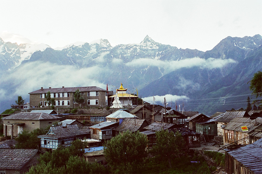 Welcome to Kalpa in Kinnaur District, 2960 mtrs. Kalpa is about a nine-ten hour drive from Simla or can be reached from Spiti Valley. Either way the drive is a treat for nature lovers.