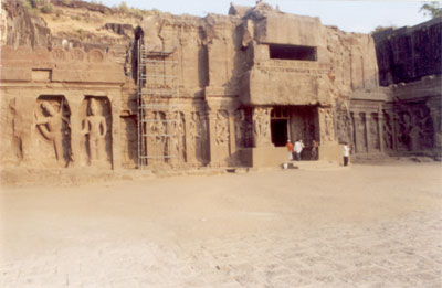 Entrance to the temple. The wall sculptures have various manifestations of Lord Shiv and Vishnu. Have presented the pictures in a way whereby have first clicked from the top of the hill and then walked you through inside the temple clockwise. The temple is in north-south direction.