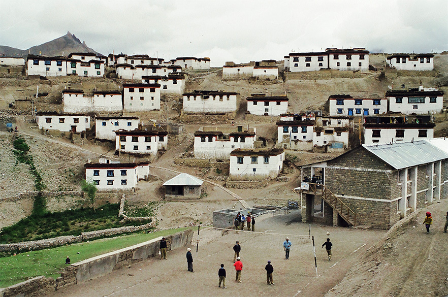 Welcome to Kibber Village, 4205 mtrs, is the second highest permanently inhabited village of the world connected by a motorable road. The village was so clean and well laid out. What you see in front is children playing volleyball before in their school compound.