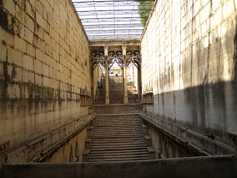 A view of the step well taken from a lower level, gives u an idea of its depth.