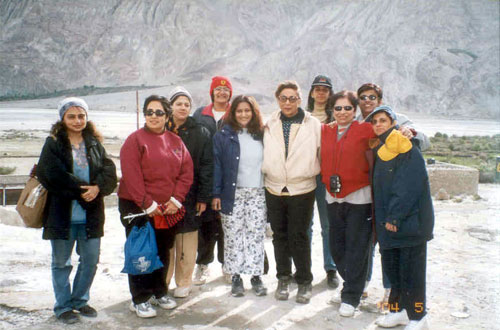 A group of twelve girls decided to take off to Leh one fine morning. Here you see some of them. Leh the capital of Ladakh is situated at a height of 3505 metres, is connected by air to Delhi & Srinagar and by road to Manali/Srinagar. A dream drive is the one from Leh to Manali.