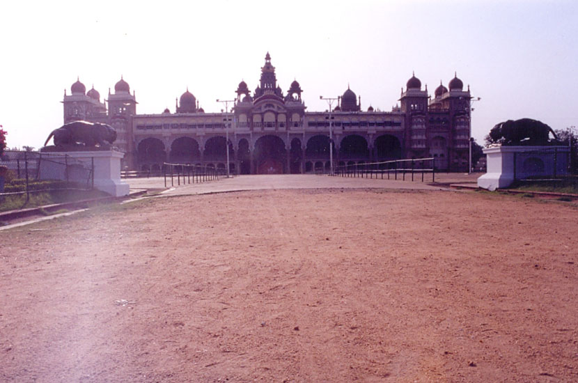Here is an Overview of the Palace. Notice the tigers on either side.