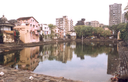Mumbai s famous Banganga Tank in Malabar Hill area. When you walk through the area you see numerous temples, makes you feel that you are walking in Kashi. Maharashtra Tourism organizes a music festival every year around January.