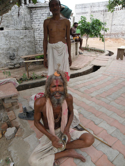Enroute parikrama you see a Sadhu chanting Hare Krishna Hare Krishna. Parikrama route start from ISKCON temple, Krishna Balaram tree, Gautama Rishi Ashram, Varaha ghat, Ishaan goshala, Madana Mohana temple, Kaliya Ghat,Imli Tala, Sringara Vata, Keshi Ghat, Tekani Rani temple, Jaganatha temple and Lord Chaitanya temple.